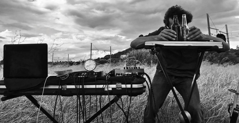 Jerôme Hoffman compose en directe la musique pour Sieste sonore cinématique